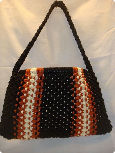 Macrame and Crochet Game Totes For Your Favorite Team Player (5/5)